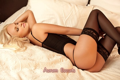 Duo escorts Andrea and Roxy in London